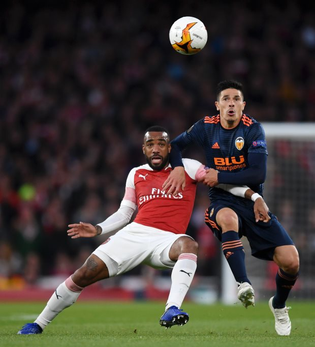 Barcelona to make a shock move for Arsenal forward Alexandre Lacazette