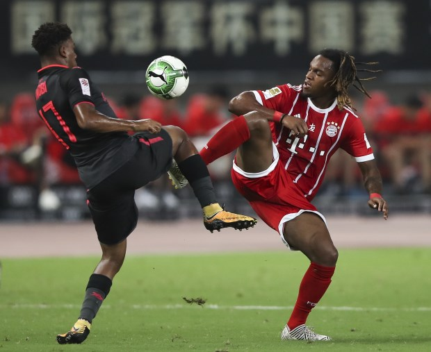 Fast start sees Bayern past Chelsea