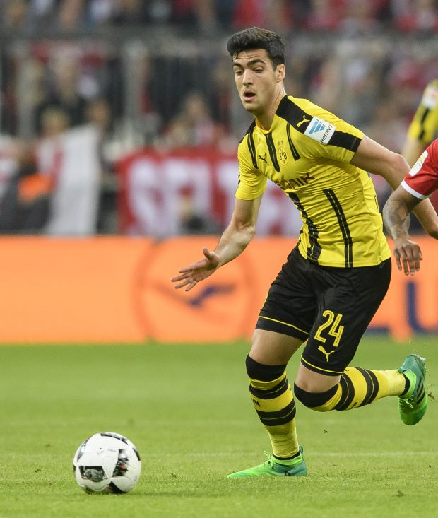 Newcastle United sign Mikel Merino from Borussia Dortmund in loan deal