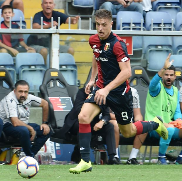 Chelsea determined to sign Genoa star Piatek ahead of Serie A teams