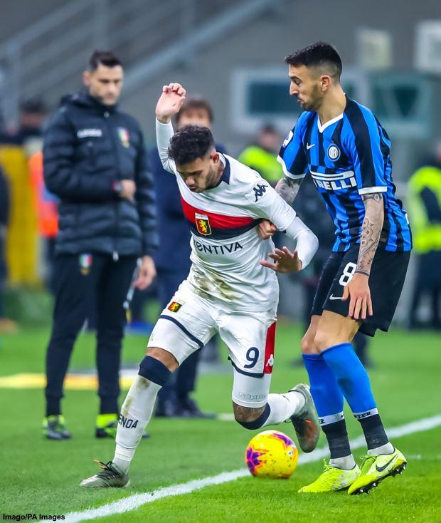 Inter Milan 'reject Manchester United loan bid for midfielder Matias Vecino'