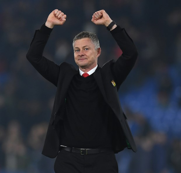 Arsenal end Solskjaer's unbeaten streak to move into Premier League top four