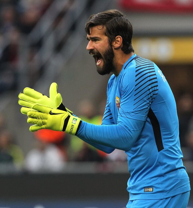 Real Madrid locked in contract talks with Roma goalkeeper Alisson
