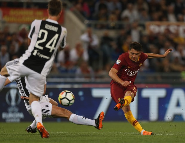 Arsenal reportedly lodge bid for Roma star